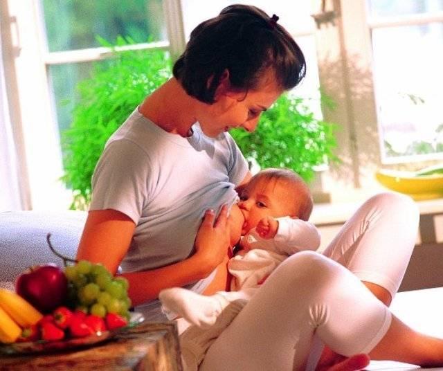 Второй месяц ребенку что можно кушать маме