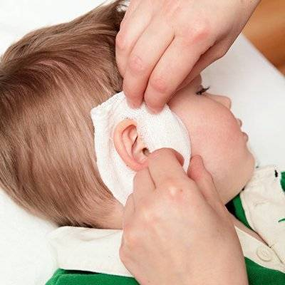 Как снять боль в ухе: первая помощь в