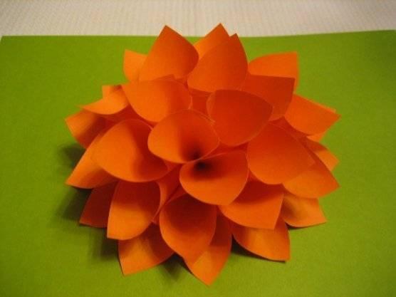 Объемные цветы из бумаги своими руками аппликация