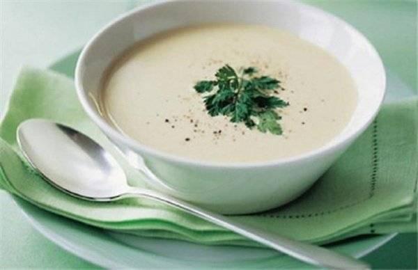 Суп сметанный с кабачком